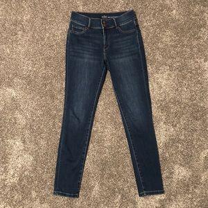 New York & Company Skinny Jean CURVY